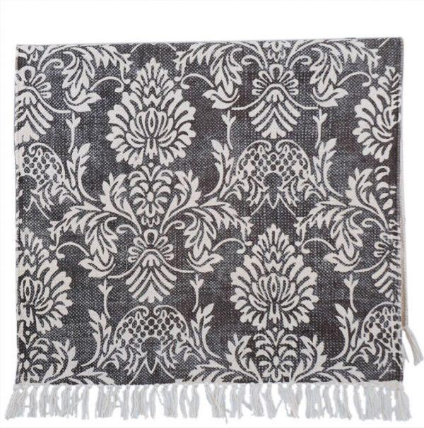 virágmintás szőnyeg