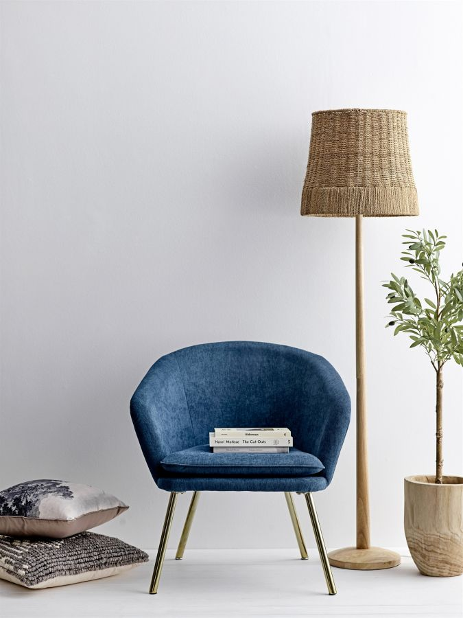 Kék bársony fotel rattan állólámpa