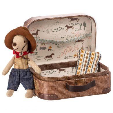 Maileg egér cowboy bőröndben