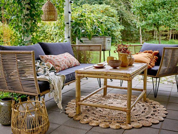 Bambusz kerti asztal